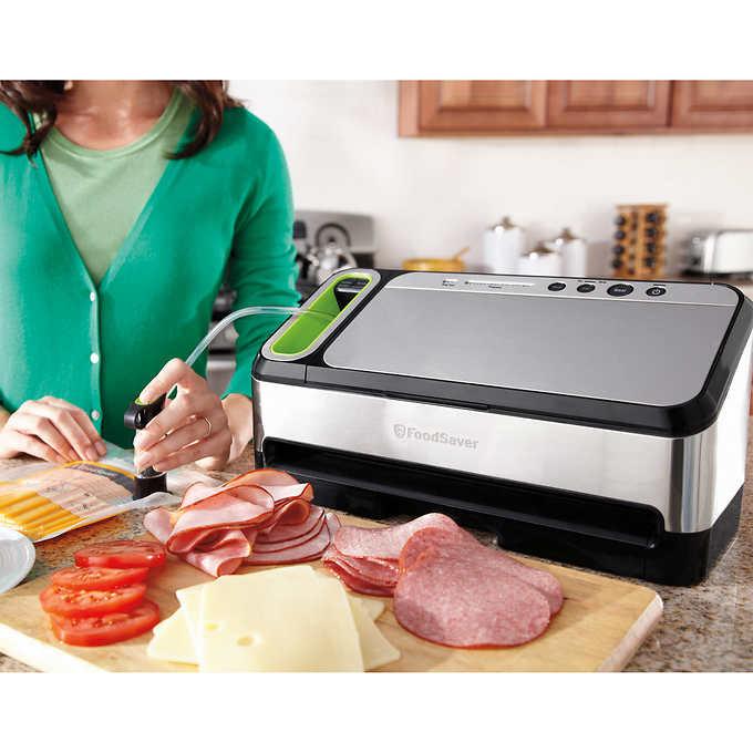 Foodsaver v4825 compact vacuum sealing system