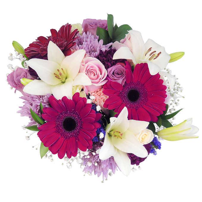 Passionate blooms bouquet